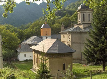manastirea-stanisoara-5