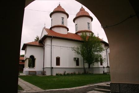 manastirea-viforata-dambovita