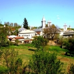 poza-manastirea-ratesti-630x472